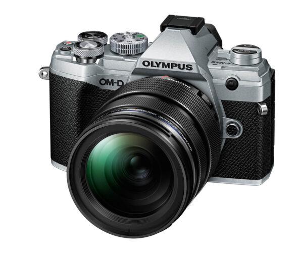 Olympus OM-D E-M5 Mark III 12-40mm PRO kit -hopea