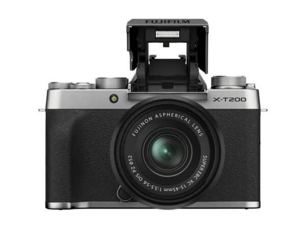 Fujifilm X-T200 edestä